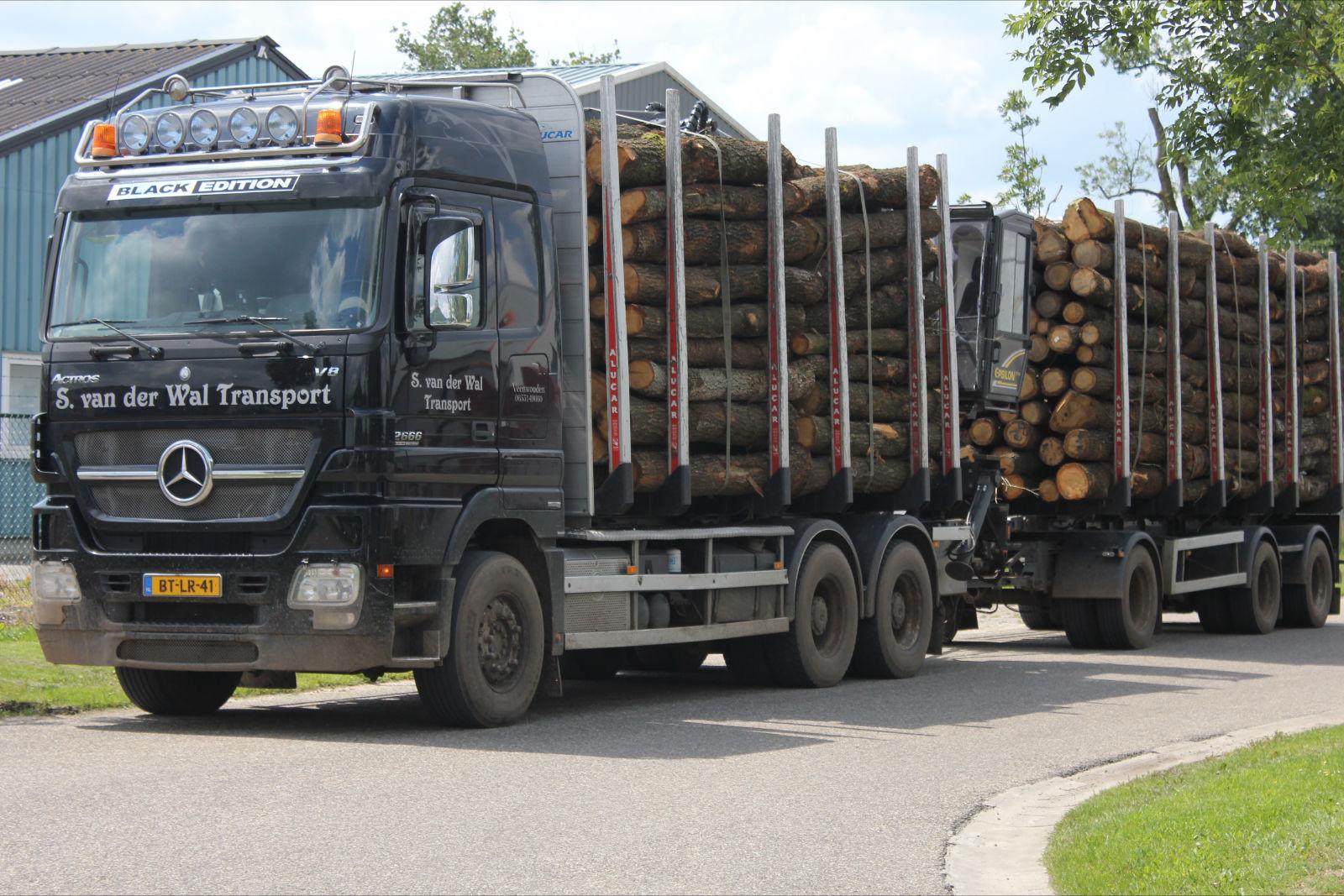 S. van der Wal Transport