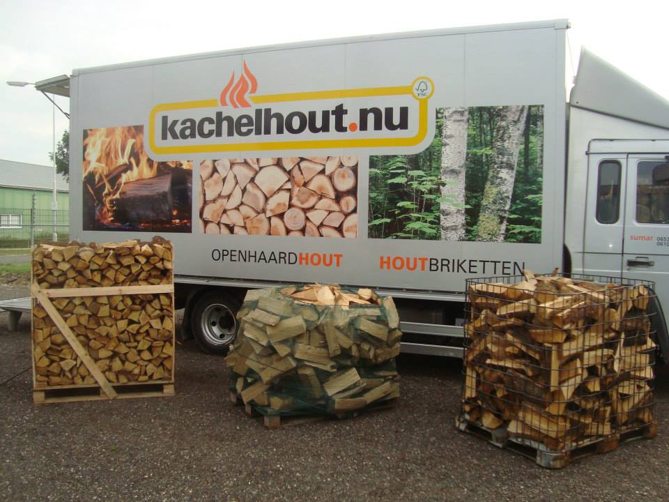 kachelhout in net , krat of pallet